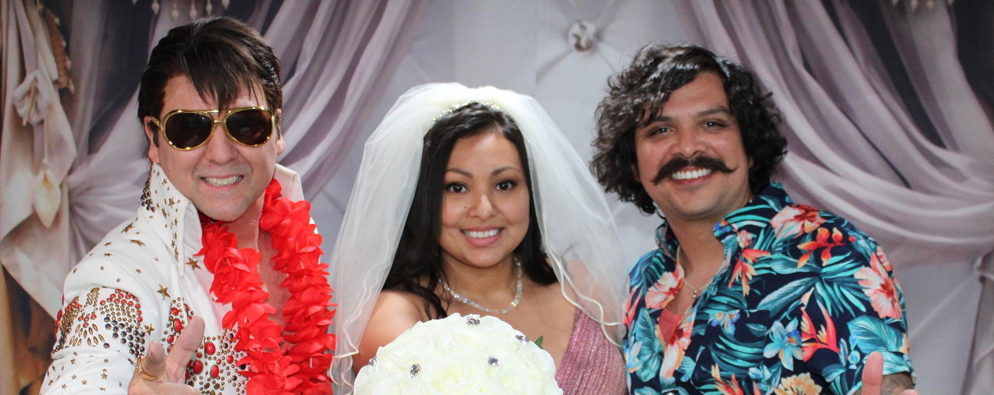 elvis weddings in las vegas